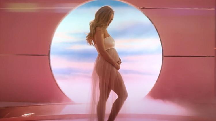 63396 В ожидании перемен: 17 модных образов беременной Кэти Перри