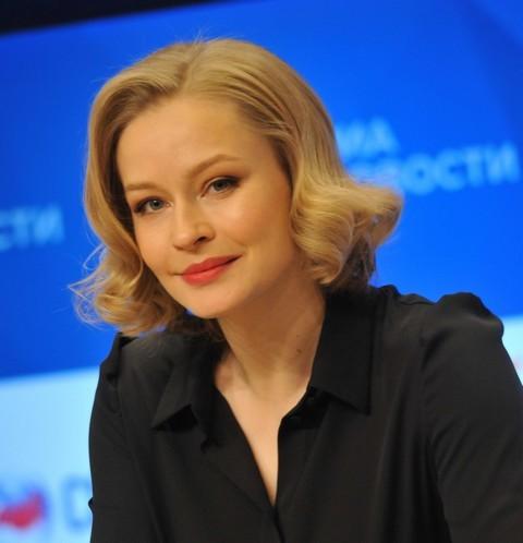 63240 Юлия Пересильд: «Хотела уйти из профессии. Чувствовала себя наитупейшей коровой»