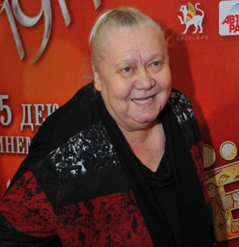 63823 Передача «Идеальный ремонт» преобразили кухню актрисы Галины Стахановой