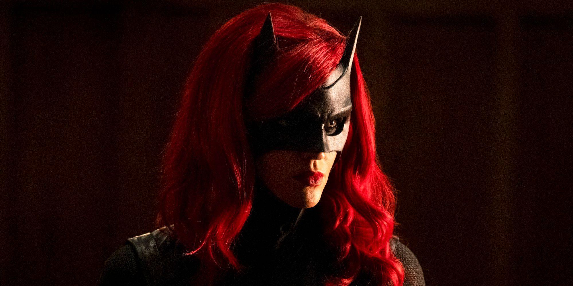 63671 Во 2 сезоне «Бэтвумен» будет не просто новая актриса, но новая героиня