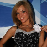 63653 Звезда «Фабрики звезд» Виктория Колесникова ждет третьего ребенка