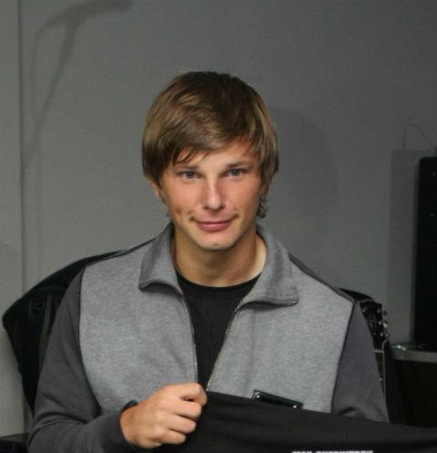 64117 Андрей Аршавин хотел заняться групповым сексом с актрисой фильмов для взрослых