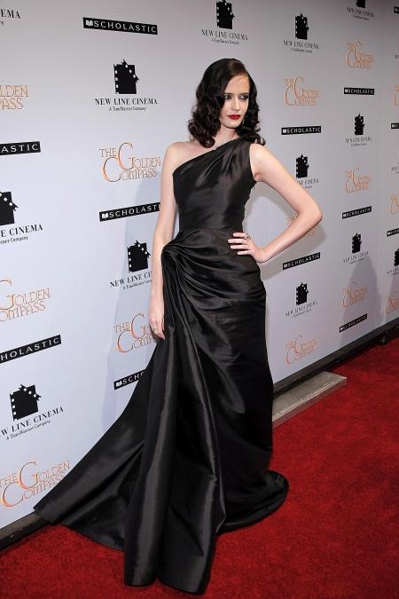 64111 Еве Грин - 40 лет: 15 самых ярких выходов актрисы