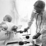 64260 Лейла Денмарк — великий педиатр. Спасая собственную дочь, она спасла мир от коклюша