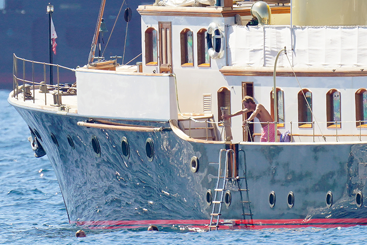 64162 Небо, море, облака: принц Монако Андреа Казираги и Татьяна Санто-Доминго на отдыхе в Сен-Тропе