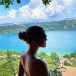 64321 Путешествие со вкусом: как племянница принцессы Дианы Китти Спенсер проводит каникулы в Италии