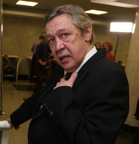 64140 У Михаила Ефремова отсудили 117 тысяч из-за долгов за машину