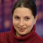 64530 Как выглядят дети Буковинской «Дюймовочки», которая и сама похожа на пятиклассницу
