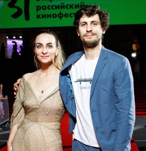 65053 Катя Варнава подтвердила роман с Александром Молочниковым