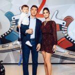 64914 Пока папа на матче: Настасия Шубская устроила старшему сыну хоккейную вечеринку без Александра Овечкина