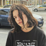 65139 Телеведущая пробежалась голой по улицам Раменского и теперь отдохнет в психушке – видео