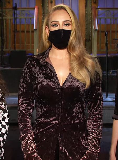 65536 Адель продемонстрировала стройную фигуру в промо-ролике шоу Saturday Night Live