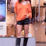 65548 Оранжевый – хит сезона: Ирина Шейк на модной презентации в Нью-Йорке