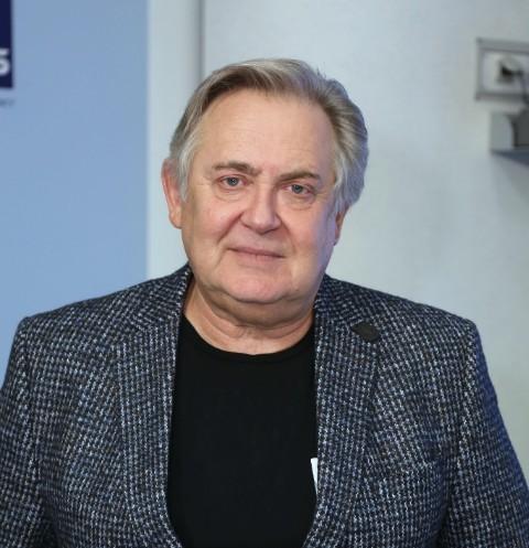 65505 Юрий Стоянов: «Мне придется заменить Мишу Ефремова в сериале. Представляю, как это будут обсуждать»