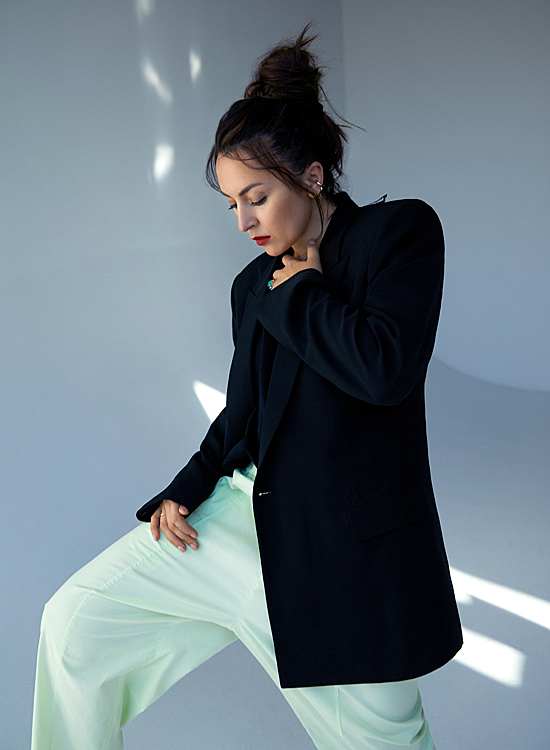 66170 Мое дело: стилист Алиса Боха о работе со звездами и успехе своего бренда MONOCHROME