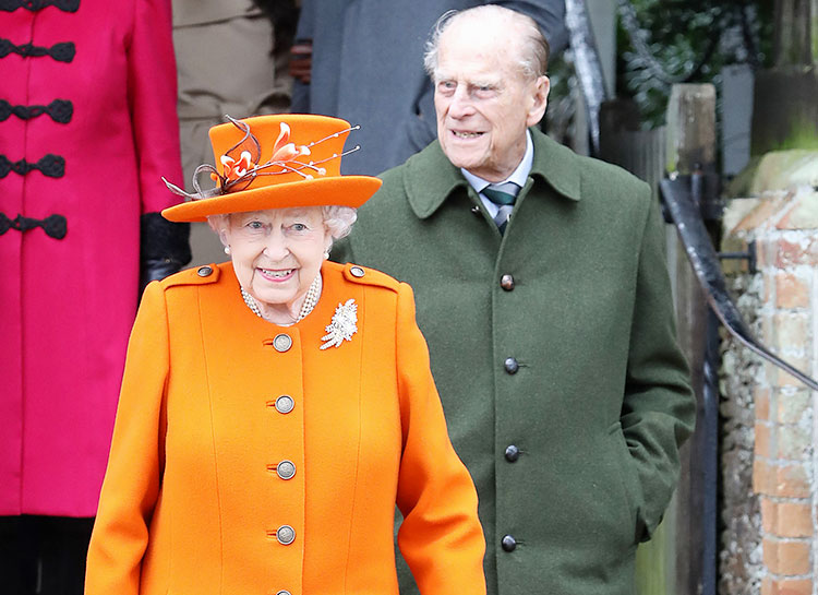 66322 Королева Елизавета II и принц Филипп привились вакциной от коронавируса