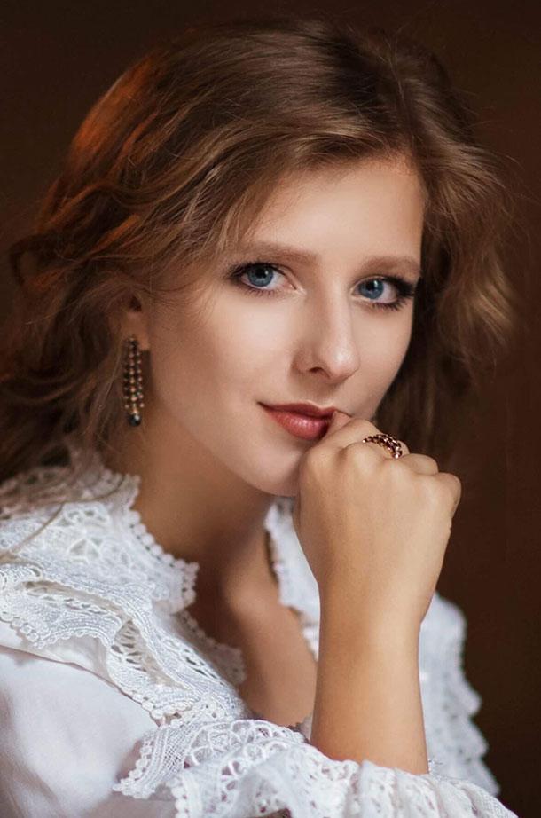 """66776 Лиза Арзамасова о первой встрече с Ильей Авербухом, """"неожиданной"""" свадьбе и новых проектах"""