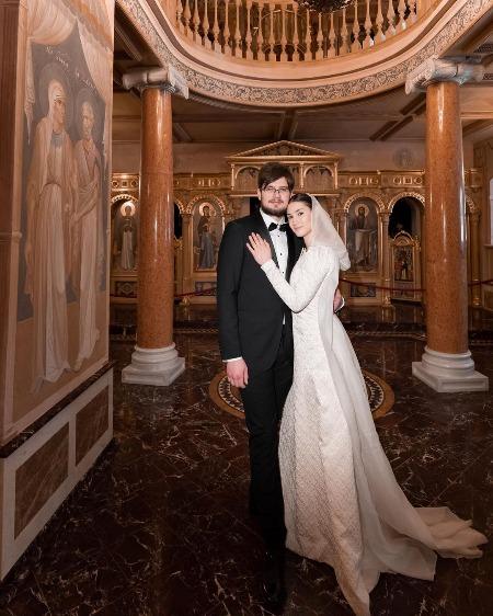 66839 Дочь Бориса Немцова обвенчалась со своим мужем через семь месяцев после свадьбы